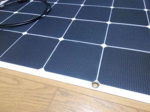 太陽光 薄型パネル